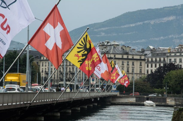 flags-947306.jpg